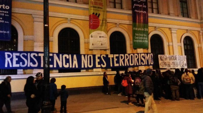 Siguen las muestras de solidaridad con el Machi Celestino Córdova en Santiago.