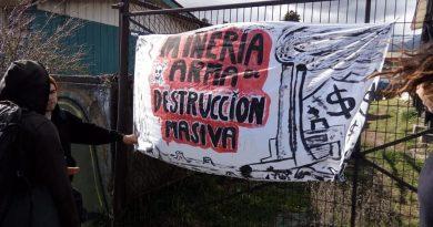 [Audio+Fotos] Concentración en Coyhaique en apoyo a Quintero, Ventanas y Puchuncaví