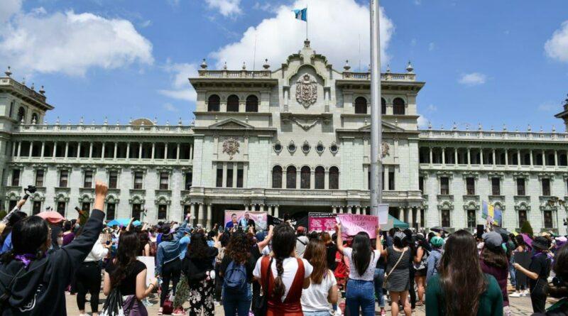 [Escucha y Descarga] Latinoamérica Rompe el Cerco #30 Octubre rebelde
