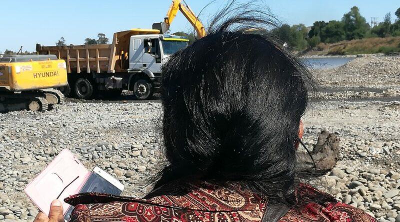 [Video] Río Cautín: Empresa de áridos continua faena extractiva pese a fallo de la corte  suprema