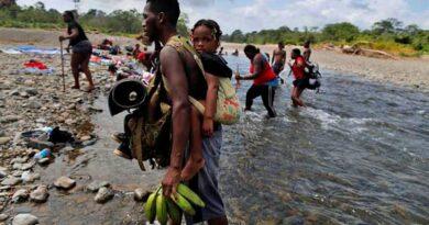 [Escucha y descarga] Latinoamérica Rompe el Cerco #65 – siguen sonando los territorios