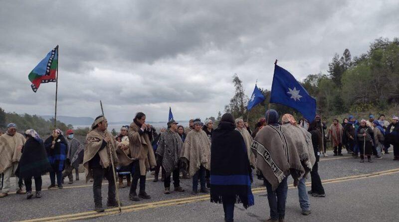 Registran fuerte represión hacia comunidades en defensa del lago Kalafken